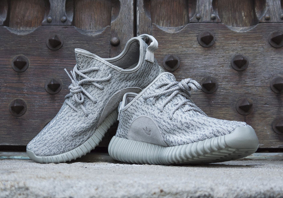 How To Lace Your Sneakers / Swap Your Shoe Laces : ADIDAS Yeezy Boost Moonrock 350