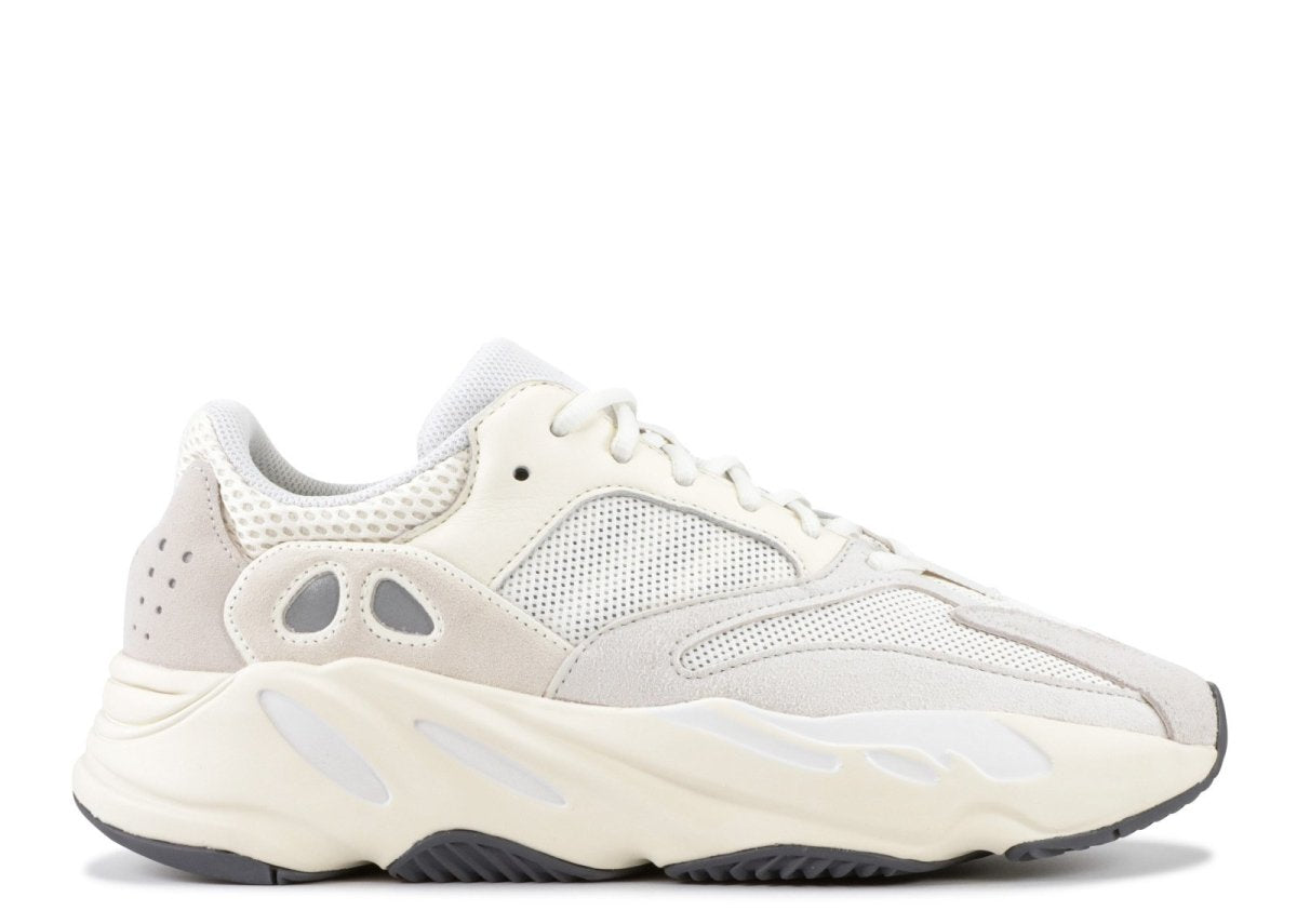 "Where to buy shoe laces for adidas Yeezy 700 ""Analog""? 