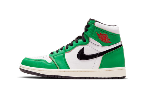 "First look at the Air Jordan 1 ""Lucky Green"" colorway"