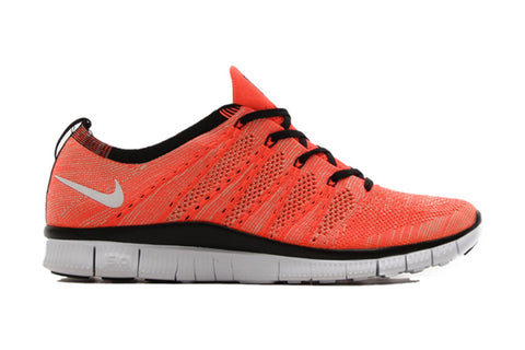 nike free flyknit nsw hot lava