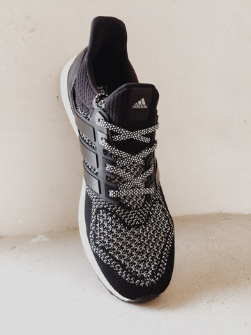 How To Lace Your Sneakers / Swap Your Shoelaces : ADIDAS Ultra Boost 1.0 3M Reflective LTD
