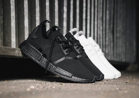 How To Lace Your Sneakers / Swap Your Shoe Laces : ADIDAS NMD R1 Primeknit Japan Triple Black and White