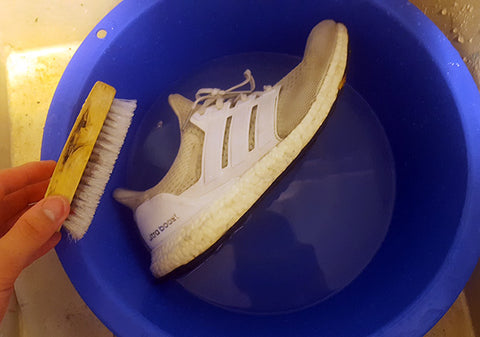 how to clean your white ultra boost