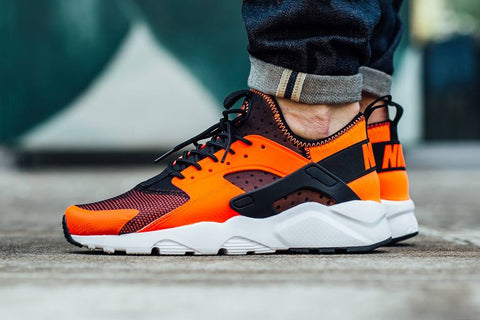https://cdn.shopify.com/s/files/1/0874/4652/files/nike-air-huarache-run-ultra-total-crimson-1_large.jpg?3615123266230087073
