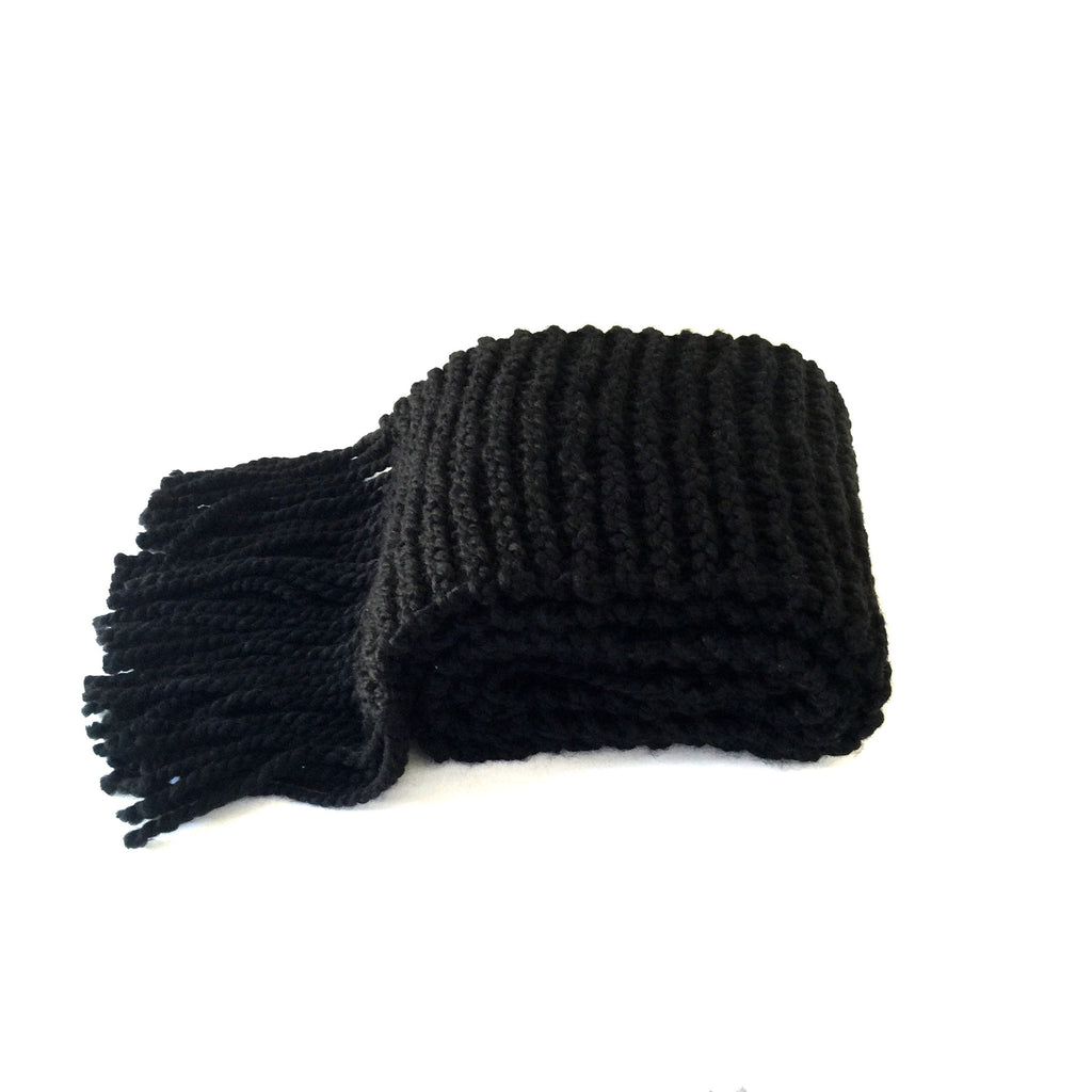 large chunky black wool scarf