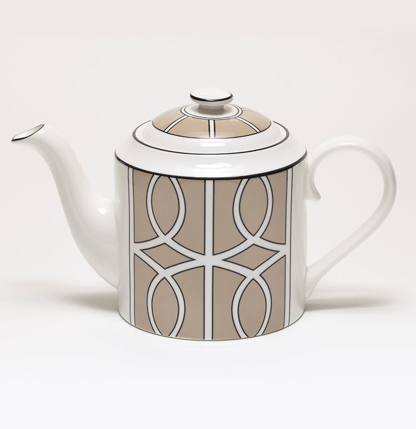 Loop Truffle/White Teapot