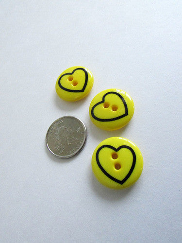 Bouton coeur jaune 1,8cm  / Yellow heart button 0,7''