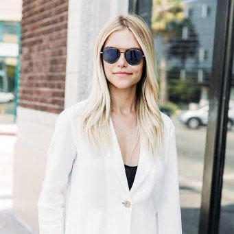 - Lauren Scruggs Kennedy | Lifestyle Blogger + Author