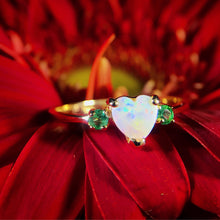 Load image into Gallery viewer, 14k Gold Opal & Emerald Ring