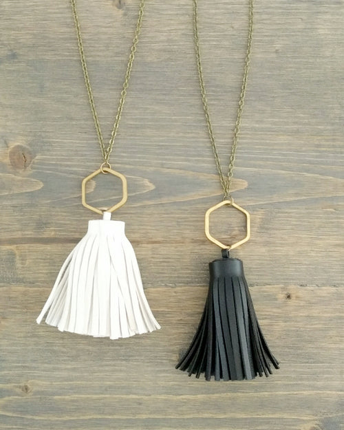 Charley Necklace || Choose Color