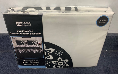 QUEEN SIZE- (HOME BEYOND- WHITE AND BLACK)- 3 PC.- DUVET COVER SET