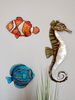 Wall Seahorse Green and Pearl