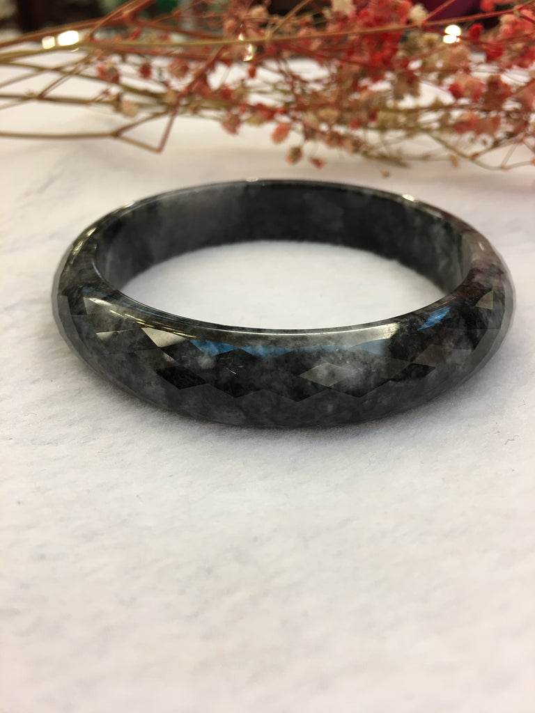 Black Jade Bangle - Round (BA112)