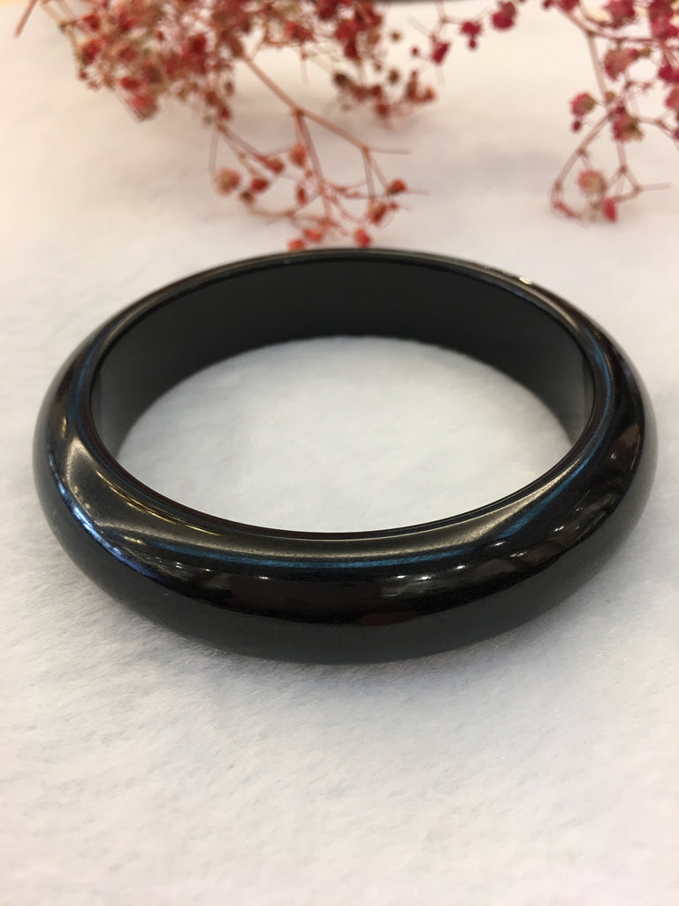 Black Jade Bangle - Round (BA180)