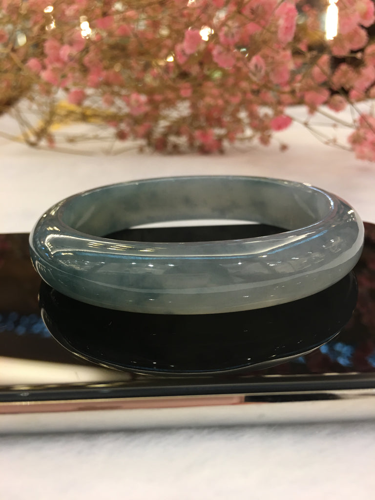 Icy Bluish Lavender Jade Bangle - Oval (BA142)