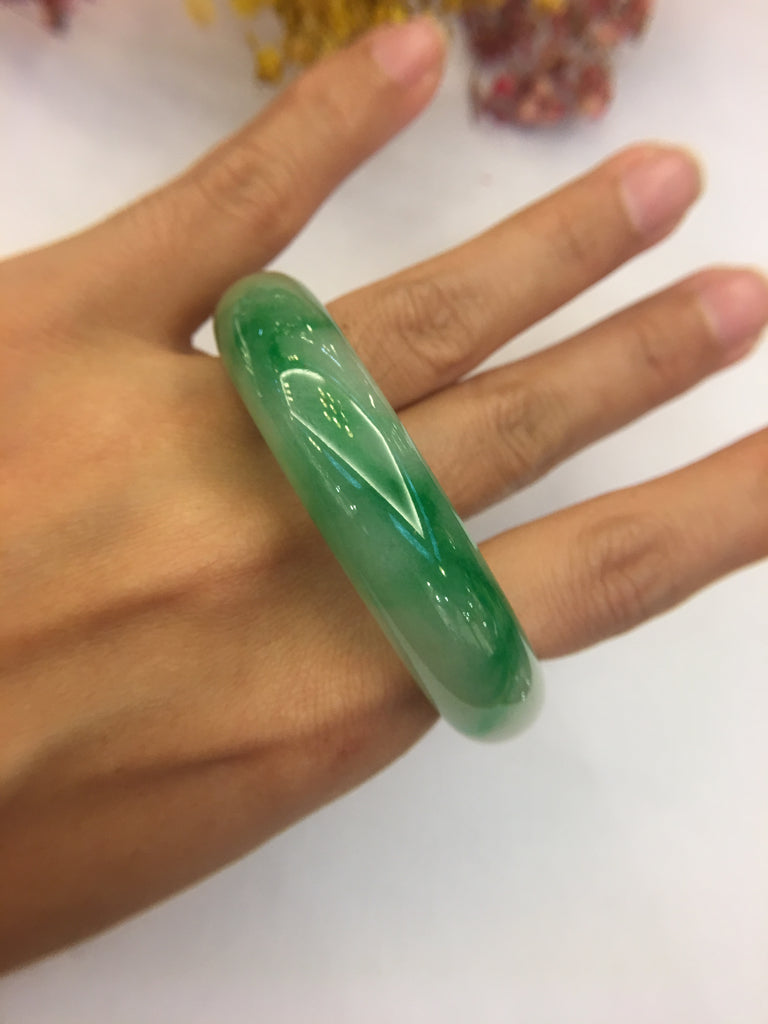 Green Jade Bangle - Round (BA059)