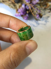 Green & Reddish Yellow Jade Barrel (PE161)