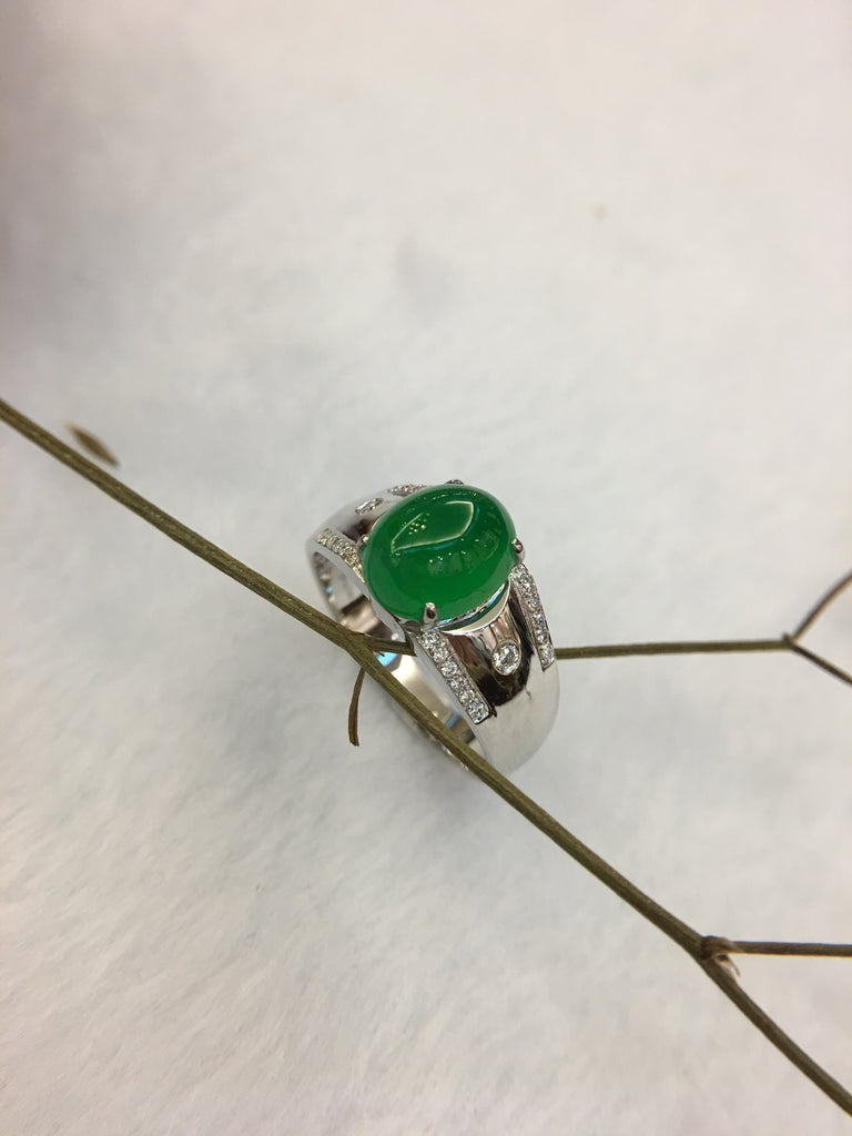 Green Jade Ring - Cabochon (RI223)