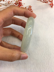Icy Green Jade Bangle - Round (BA126)