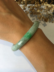 Light Green Jade Bangle - Round (BA049)
