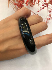 Black Jade Bangle - Round (BA181)