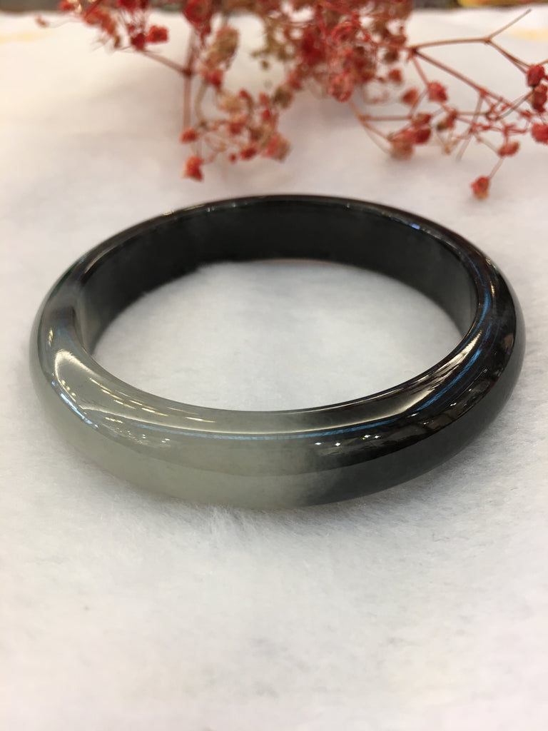 Black Jade Bangle - Round (BA107)
