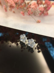 Icy White Earrings - Flowers (EA073)