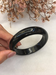 Black Jade Bangle - Round (BA215)