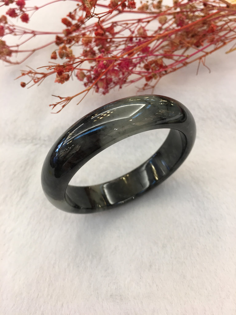 Black Jade Bangle - Round (BA217)