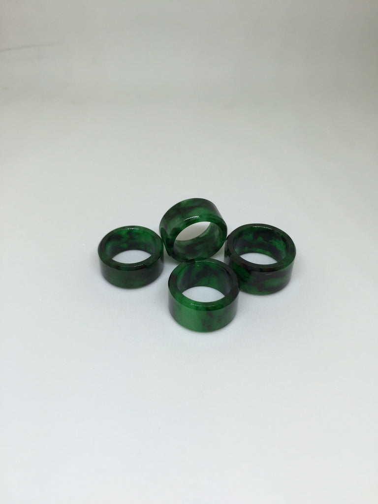 Green Barrel Jade (PE089)