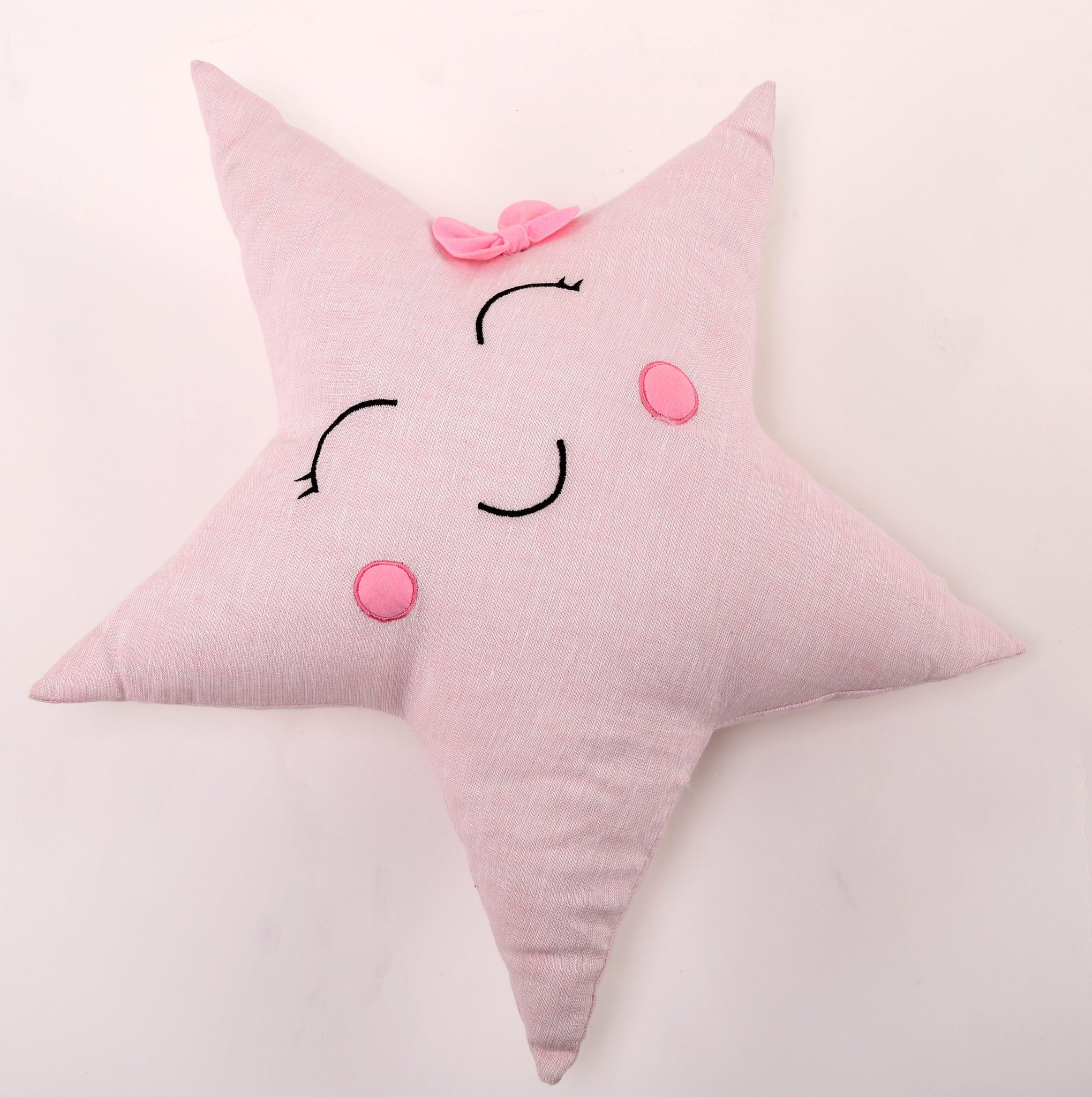 Star With A Bow Shaped Cushion