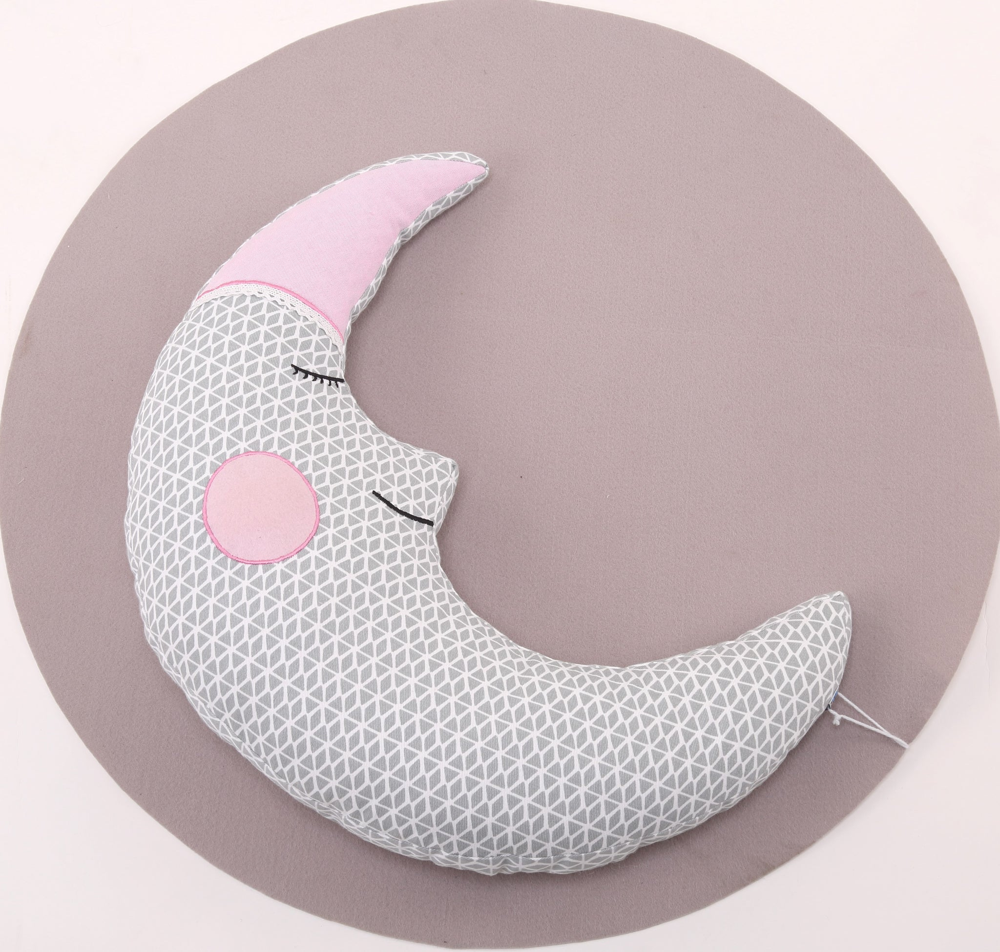 Half Moon Shaped Cushion