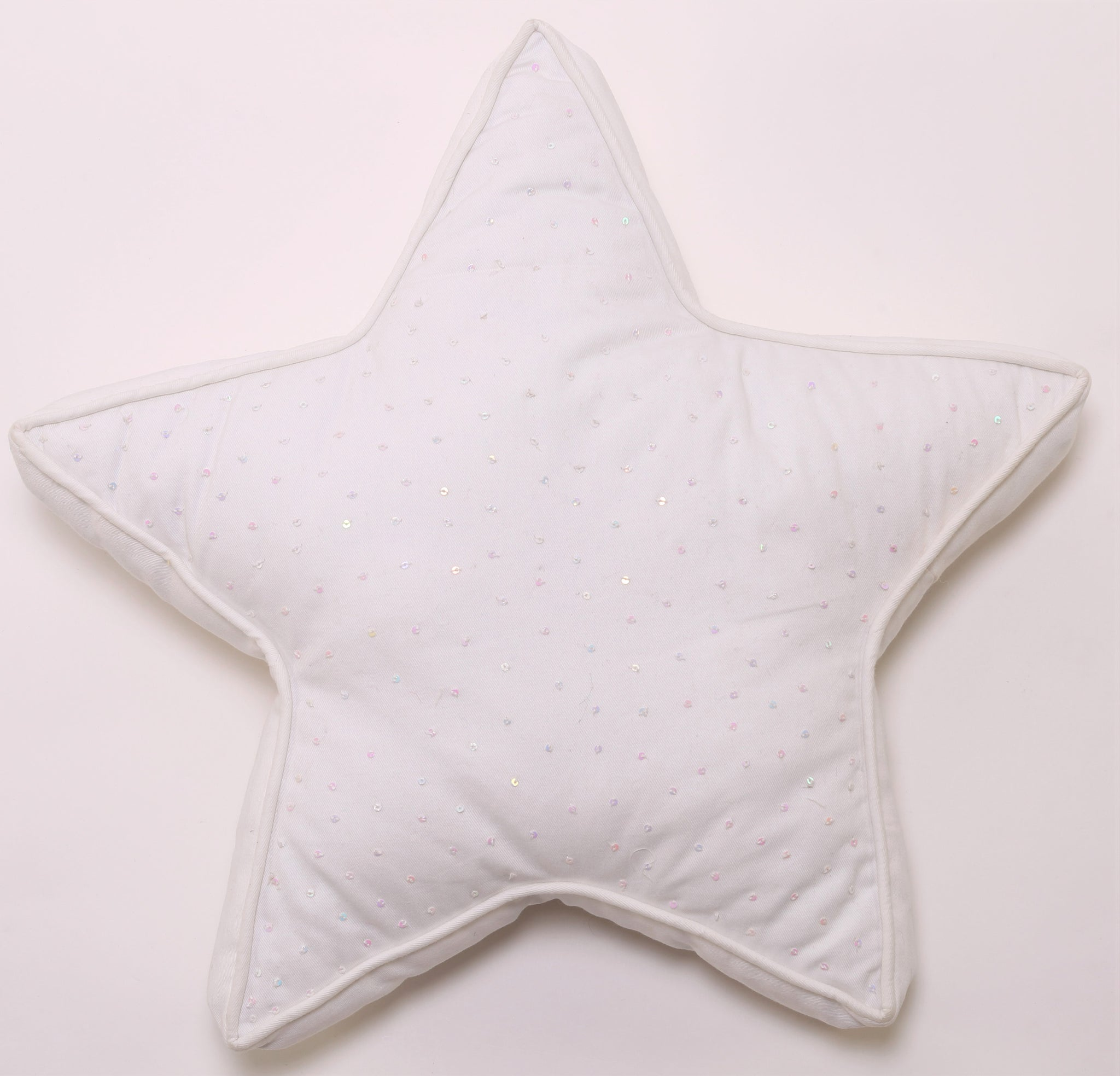 Star Shaped Cushion (White)