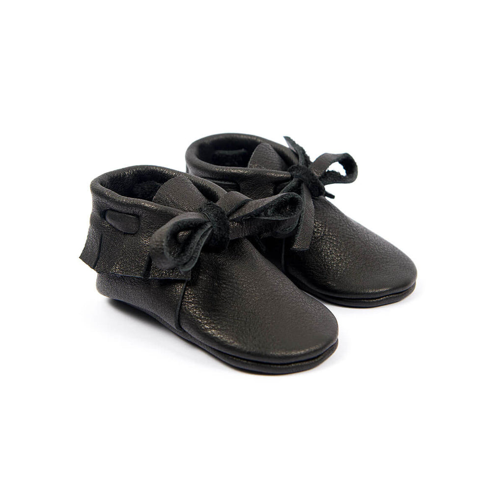 Laced Moccasins In Black by Amy & Ivor - Junior Edition