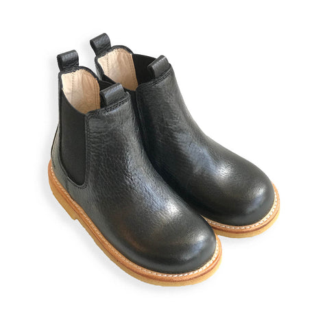 Classic Chelsea Boots in Black by Angulus
