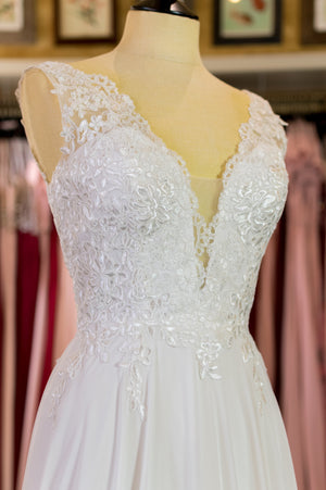 Romantic Lace Dress - White