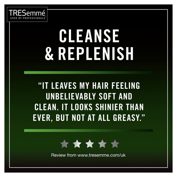 TRESemme Remoisturising Conditioner 900ml (Made in Britain).