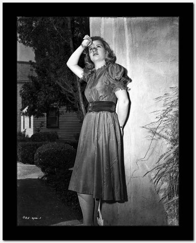 Barbara Bel-Geddes on a Dress and posed High Quality Photo