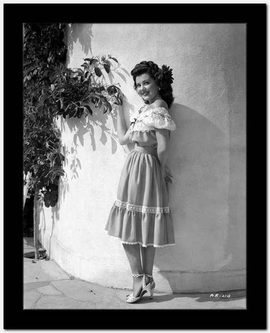 Ann Rutherford Leaning on the Wall while Facing to the Camera High Quality Photo