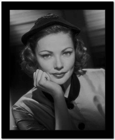 Gene Tierney smiling in Shadows High Quality Photo