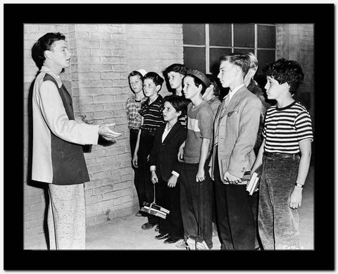 Frank Sinatra Talking to Children in Portrait High Quality Photo