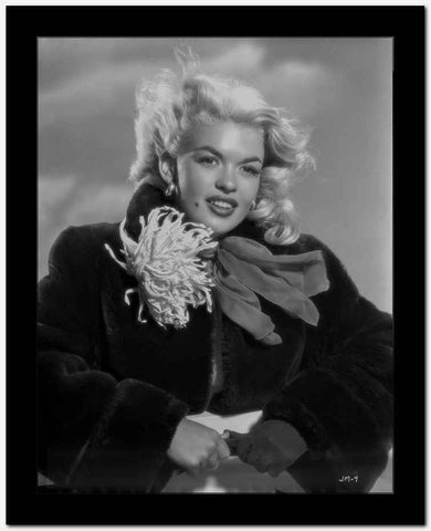 Jayne Mansfield in Black and White High Quality Photo