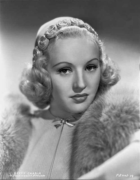 Betty Grable Portrait in Fur Boa on the Shoulder in White High Neck Shirt and Velvet Small Ribbon Premium Art Print