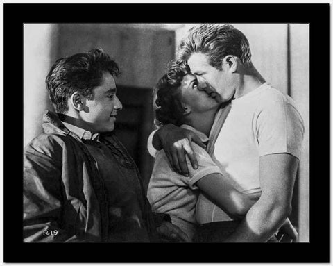 James Dean Kissing in Classic High Quality Photo