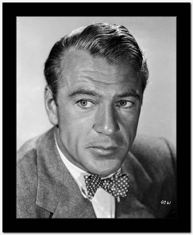 Gary Cooper Posed in Suit and Dotted Tie High Quality Photo
