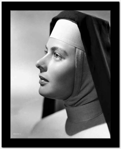 Ingrid Bergman in Sisters Outfit Black and White High Quality Photo