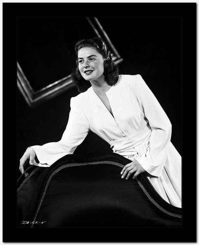 Ingrid Bergman in White Dress Black and White High Quality Photo