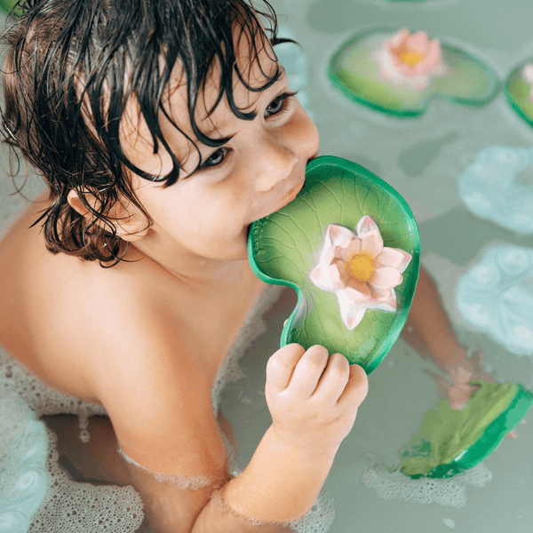 Water Lily Floatie Bath Toy