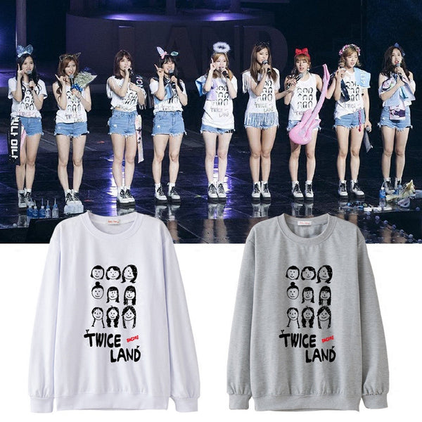 TWICE TWICELAND ENCORE SWEATER