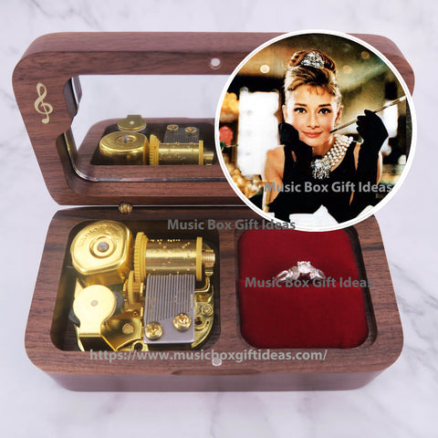 Breakfast at Tiffany's Soundtrack Moon River Audrey Hepburn 18-Note Jewelry Music Box Gift (Wooden Clockwork) - Music Box Gift Ideas